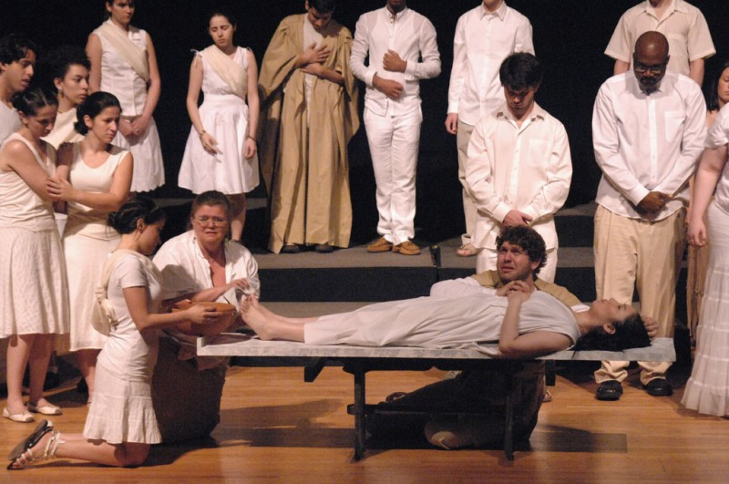 Mourning and preparation of Euridice's body